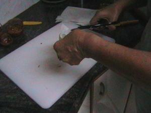 סלסלות שומשום שלב אחר שלב מלווה בתמונות- מאסטר מתכונים