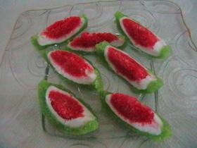 עוגיות מבצק סוכר בשילוב מרציפן (שקדים) >>>מאסטר מתכונים