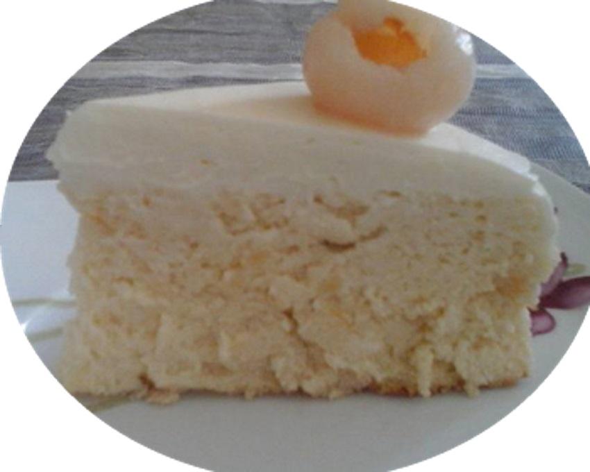 עוגת גבינה וליצ'י - מעדן