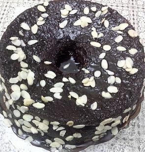 עוגת פרג שוקולד ושקדים אורירית- מאסטר מתכונים