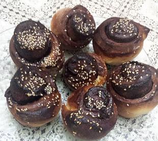 עוגות שמרים בשוקולד ואגוזים/נוגט- מאסטר מתכונים