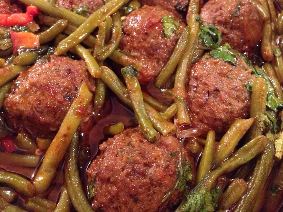 תבשיל קציצות עים שעועית ירוקה- מאסטר מתכונים