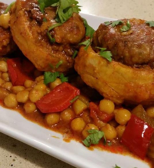 ארטישוק ממולא בשר עם גרגירי חומוס