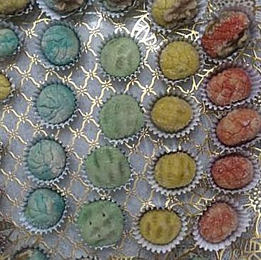 עוגיות מרציפן ציבעוני