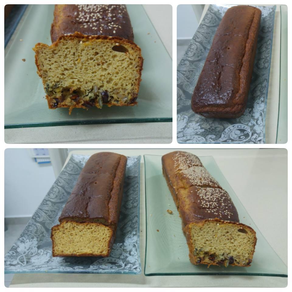 לחם טחינה משולב עם חמוציות, גרעיני חמניה ,וגרעיני דלעת