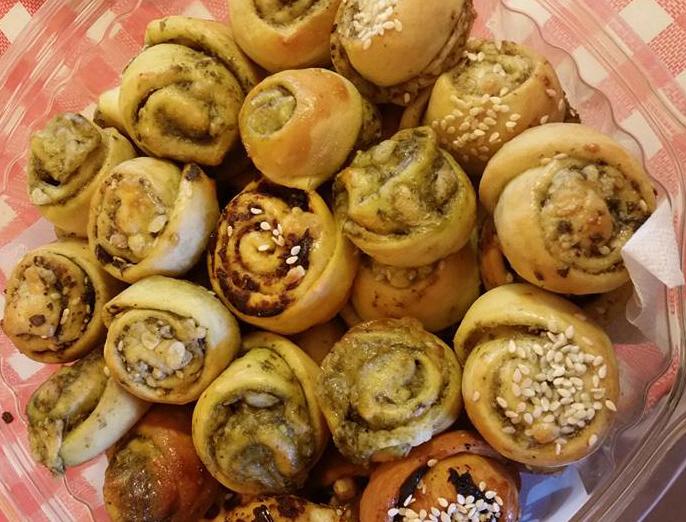 לחמניות קטנות וממולאות-  מבשלים ואופים עם מאסטר מתכונים