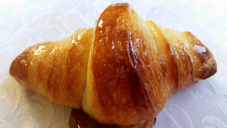 קוראסון חמאה צרפתי-  מבשלים ואופים עם מאסטר מתכונים