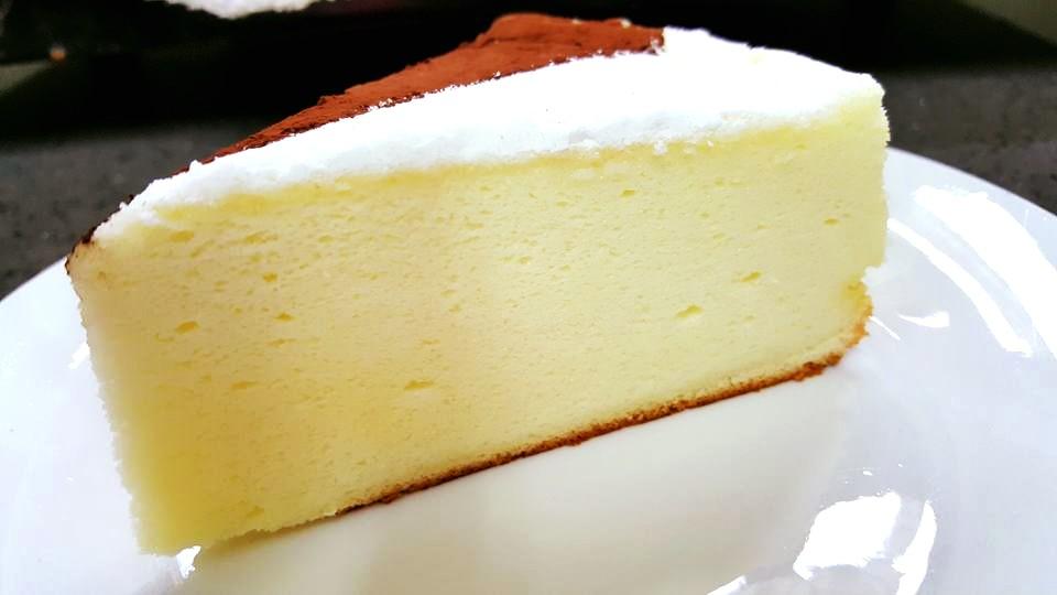 עוגת גבינה ב3 מרכיבים בלבד -  מבשלים ואופים עם מאסטר מתכונים