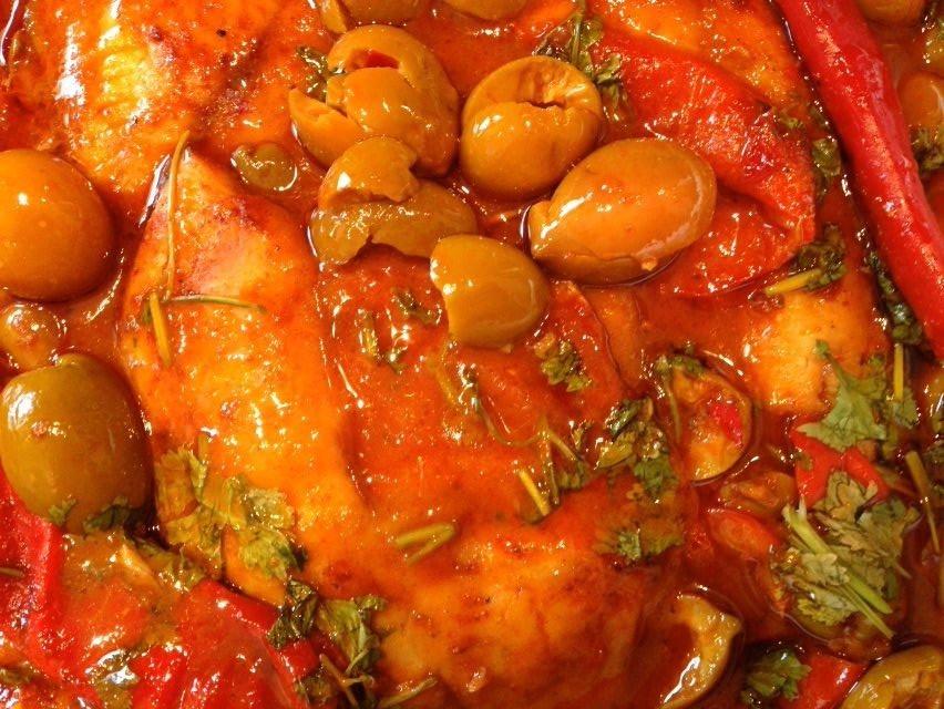 תבשיל דגים עם זיתים -  מבשלים ואופים עם מאסטר מתכונים