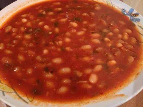מרק שעועית -  מבשלים ואופים עם מאסטר מתכונים