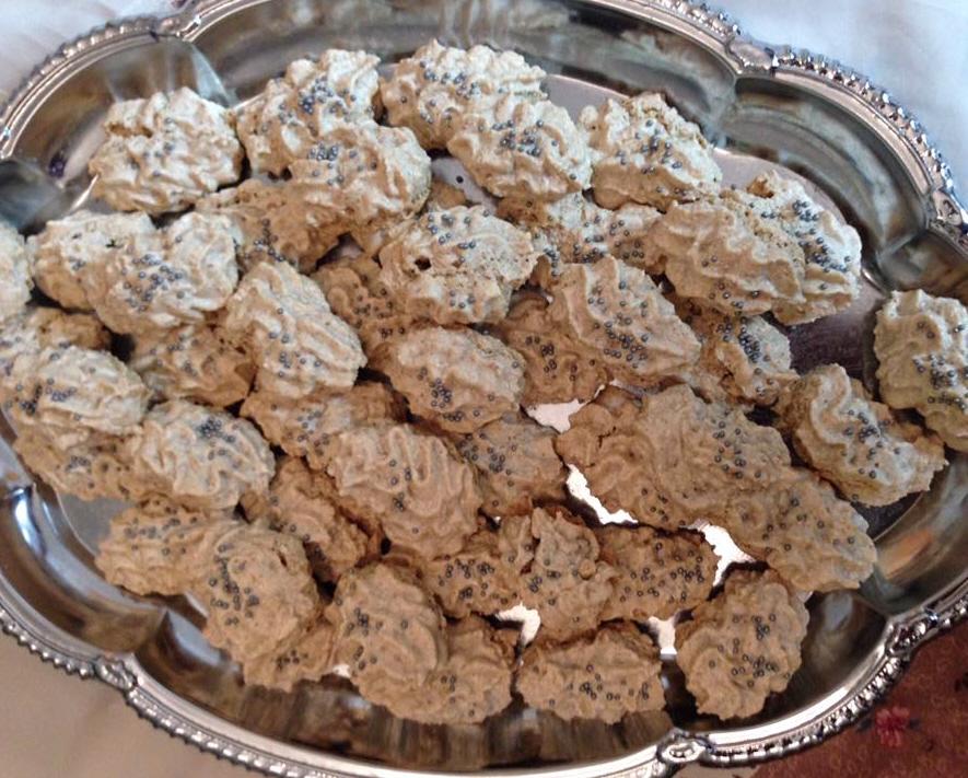 עוגיות מרנג אגוזים