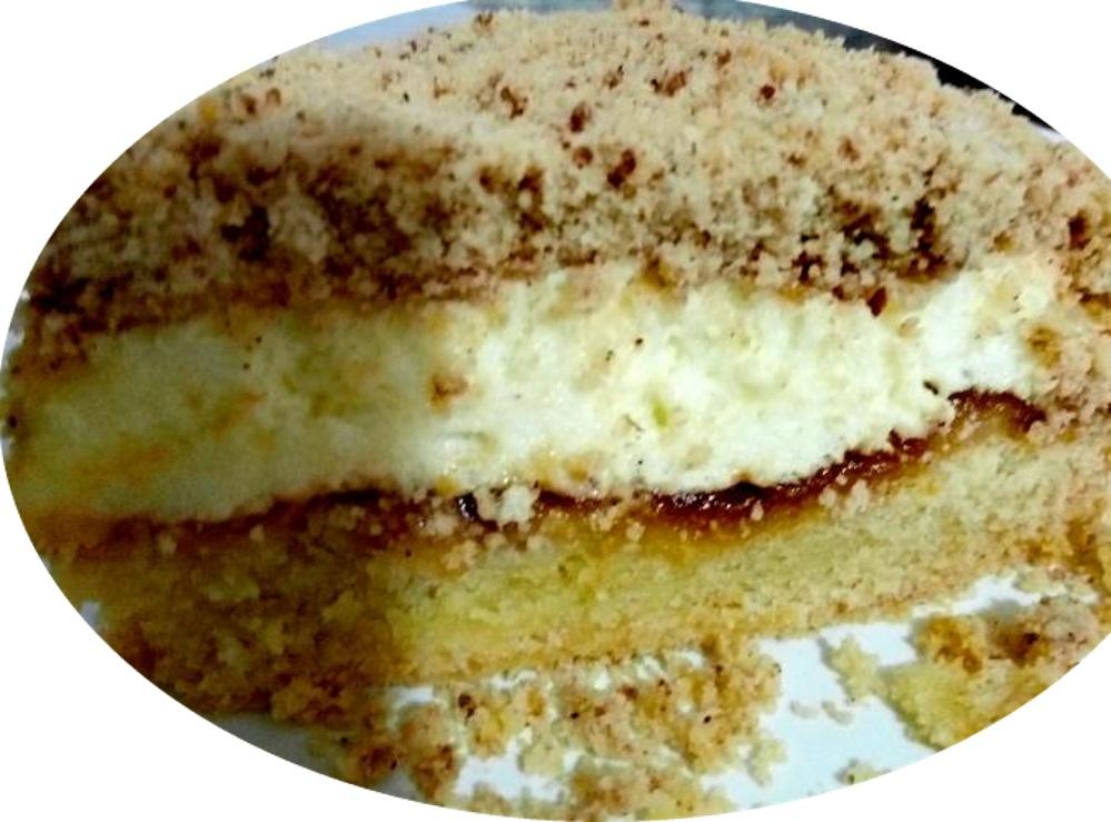 עוגת פירורים וריבה מובחרת -מלכת עוגות הריבה משגעת