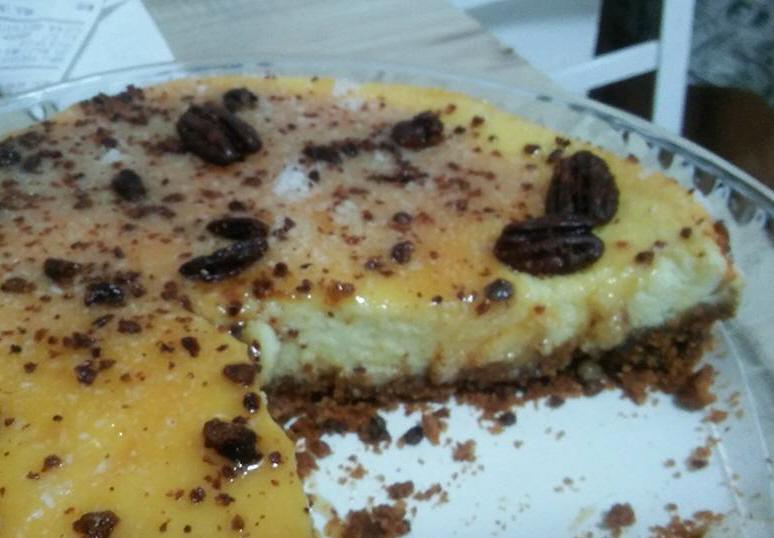 עוגת גבינה עם פקאן מסוכר ..... מבשלים ואופים עם מאסטר מתכונים