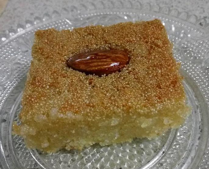 עוגת סולת מיוחדת ללא קמח ללא ביצים
