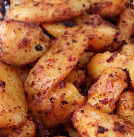 מתכון תפוחי אדמה בפפריקה מעושנת   .... מבשלים ואופים עם מאסטר מתכונים  ...