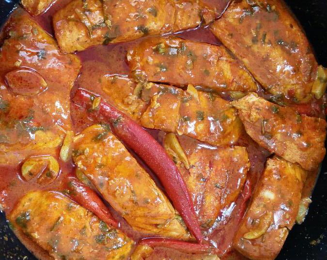 מתכון דג מרוקאי חריף   .... מבשלים ואופים עם מאסטר מתכונים  ...