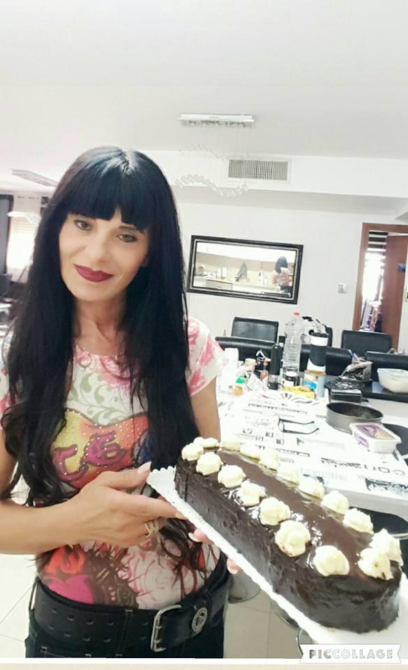 עוגה פרג פחושה בציפוי גנאש שוקולד מריר