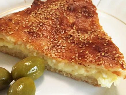חצ`פורי גיאורגי מושלם ממולא גבינות ובציפוי שומשום