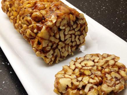 גוז`ינקי-ממתק גיאורגי מאגוזי מלך ודבש