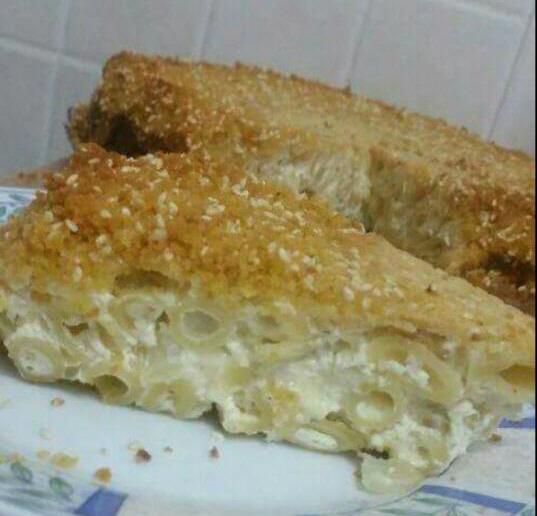 מאפה פסטה עם גבינות  ופירורי לחם