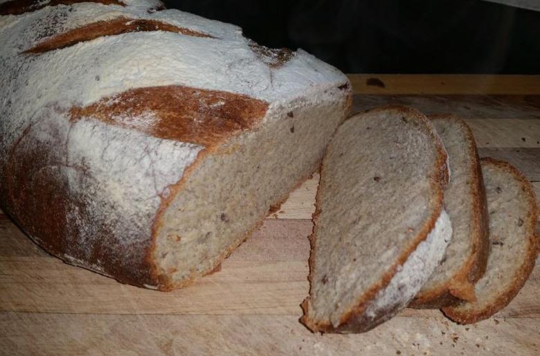 לחם שיפון קמח מלא