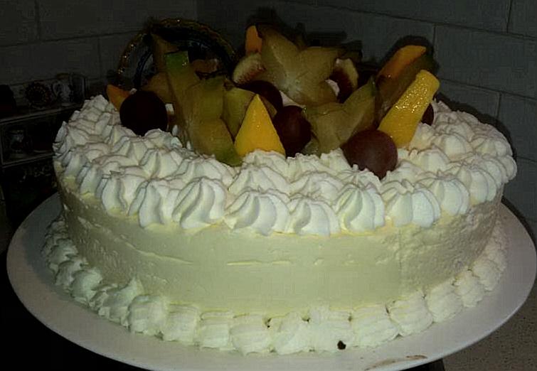 עוגת גבינה קרה עם מחית מנגו - רחל עינב