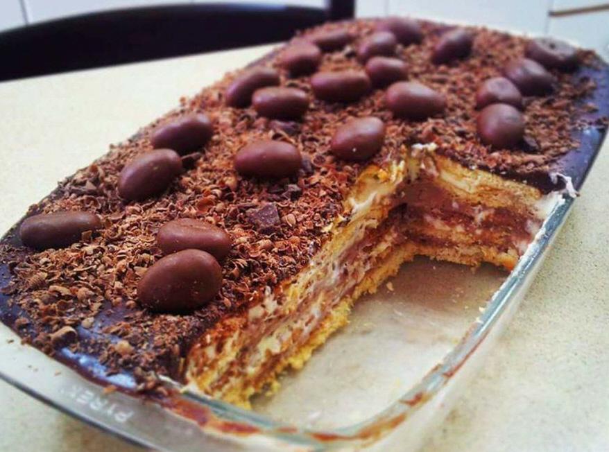 עוגת ביסקוויטים -מיכל יחזקאל