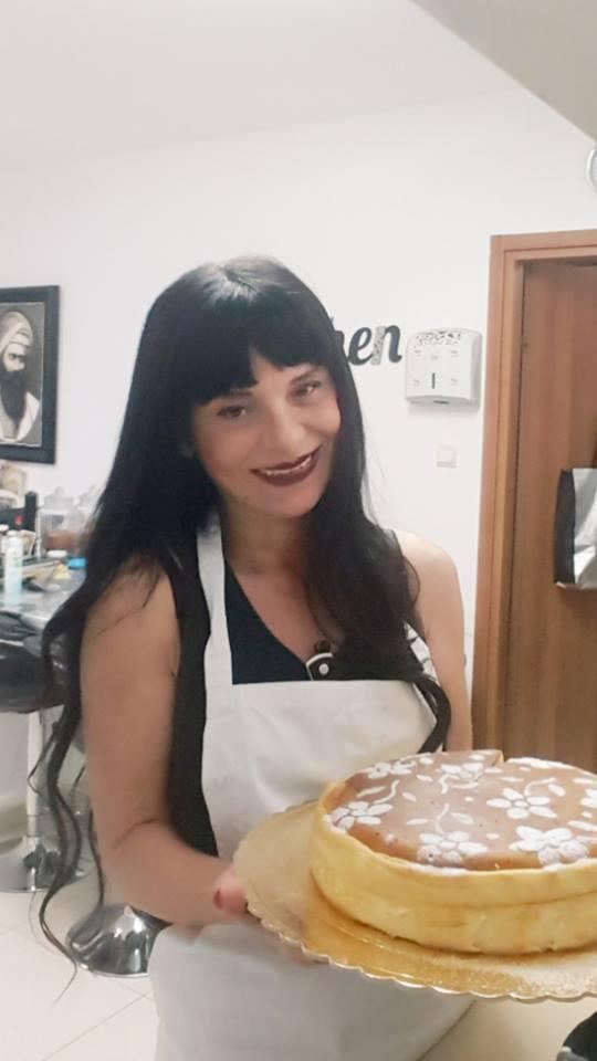 עוגת גבינה גבוהה עם שוקולד לבן נמסה בפה ללא תחתית וללא גלוטן