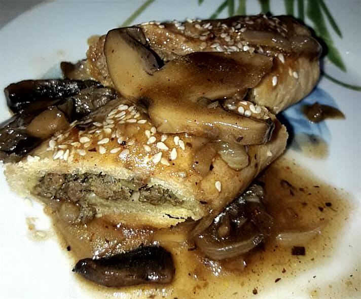 רולדות מבצק ספידי ממולאות בבשר טחון