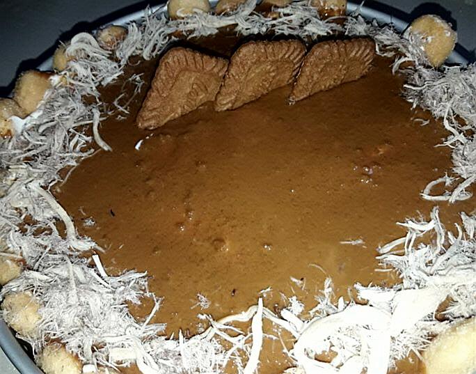 עוגת ביסקוויטים וקרם לוטוס עם גבינה
