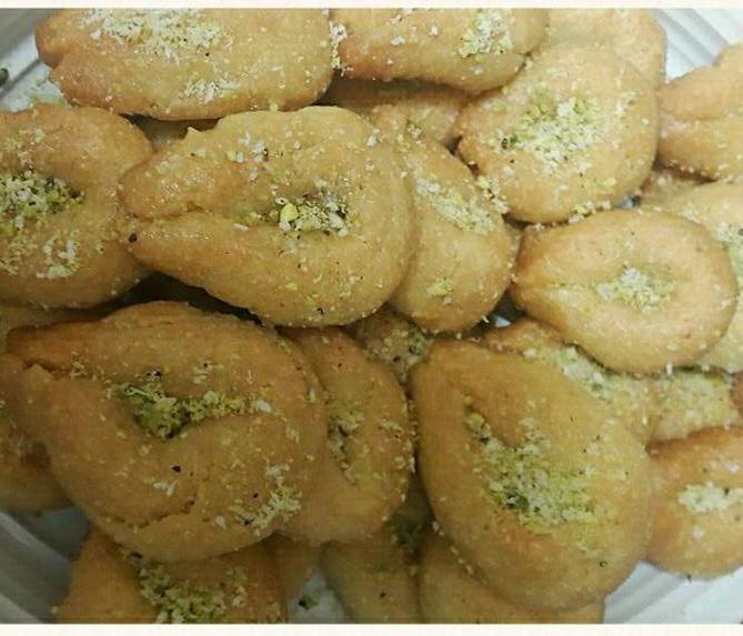עוגיות טעימות טבולות בסירופ - מירי קינן