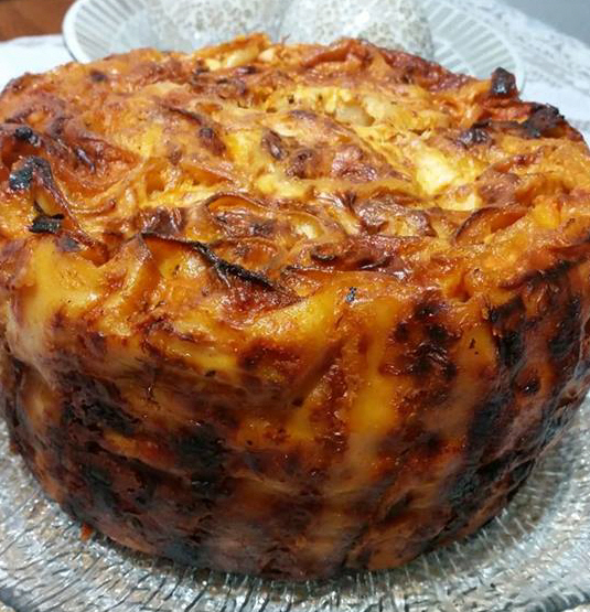 קנלוני עם גבינות ובטטה בצורת עוגה