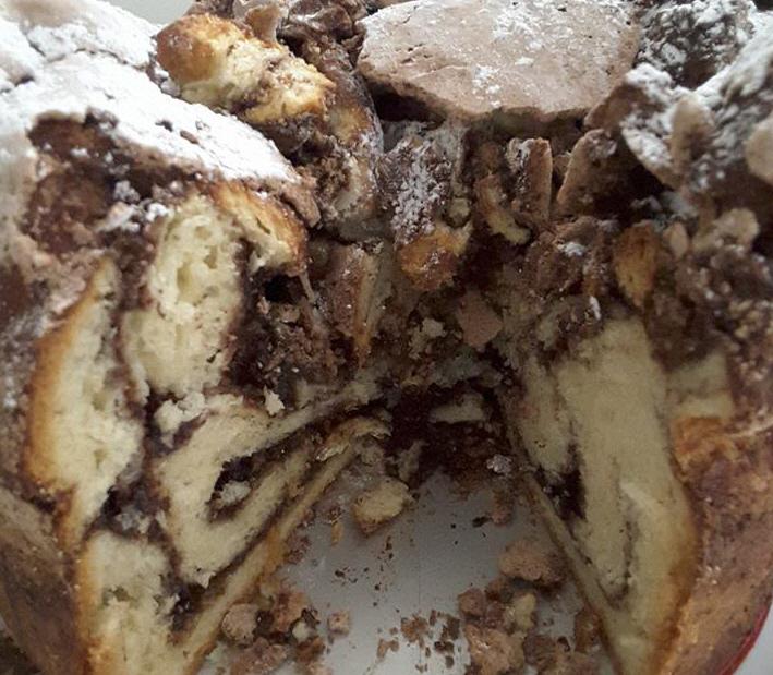 עוגת שמרים ספוגית כמעט כמו עוגת טורט איכותית