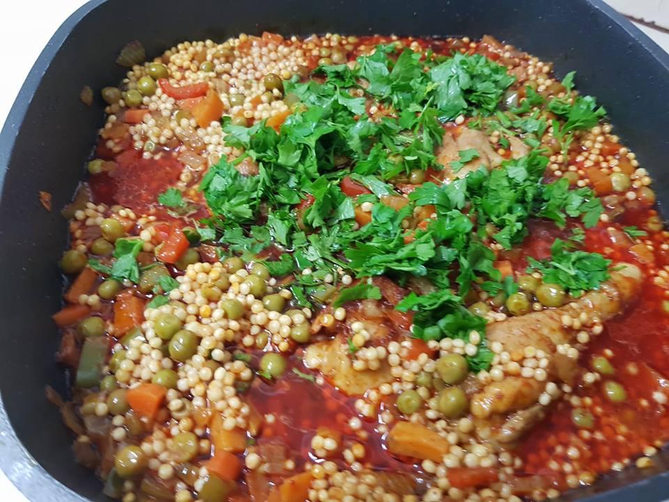 תבשיל עוף ,ירקות ופתיתים