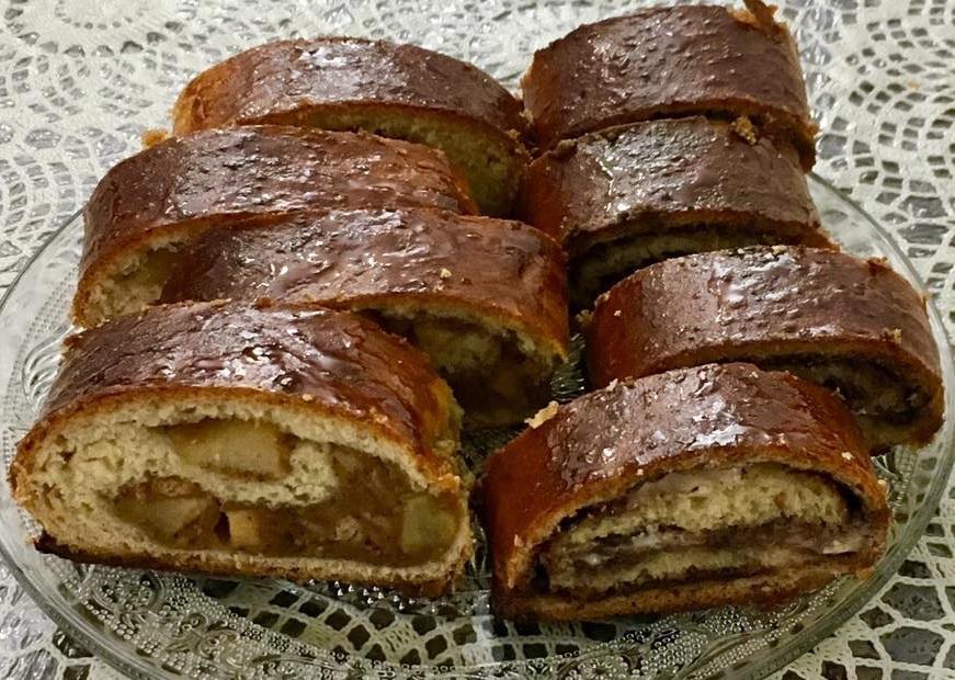 מאפה רולדות שמרים פריך בצ׳יק צ'ק
