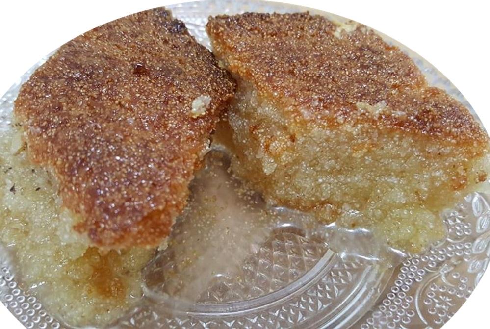 עוגת סולת קוקוס.ומעדן וניל