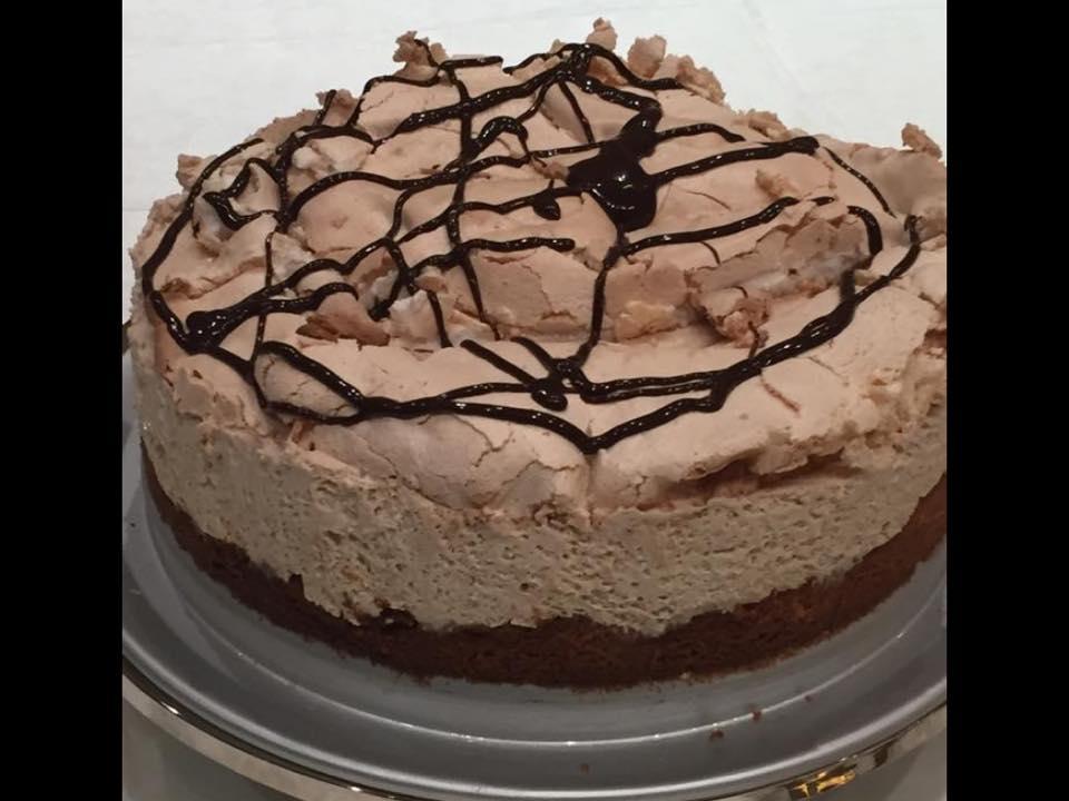 עוגת קצף וקצפת בטעם של נס קפה מטריפה