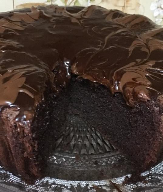 עוגה כושית הכי שיש .. :)