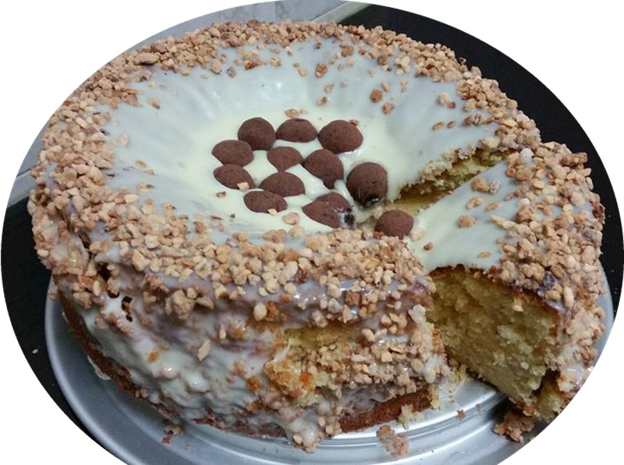 עוגת לימון שקדים ושוקולד לבן
