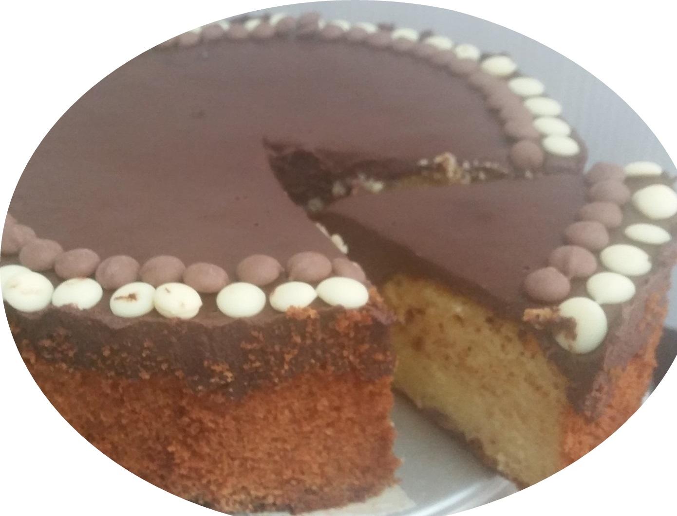 עוגת קלמנטינה, שקדים ו2 סוגי שוקולד ציפס