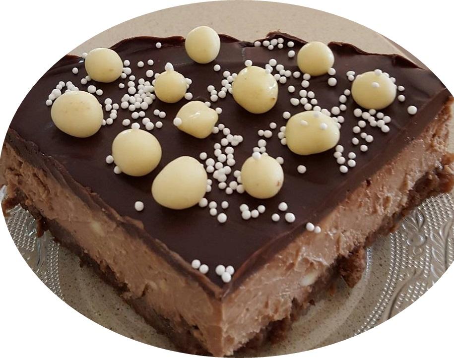עוגת גבינת שמנת ושוקולד אפויה