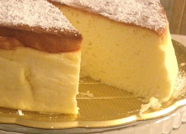 עוגת גבינה צחורה וגבוהה
