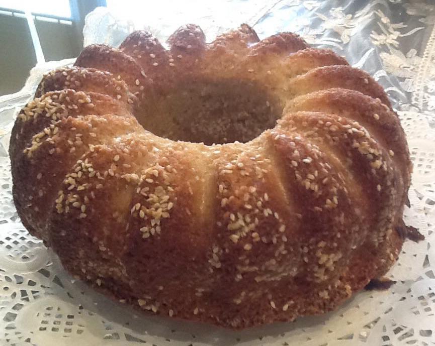 עוגת טחינה ושומשום רכה וטעימה