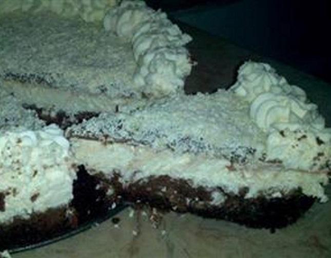 עוגת גבינה ובראוניז