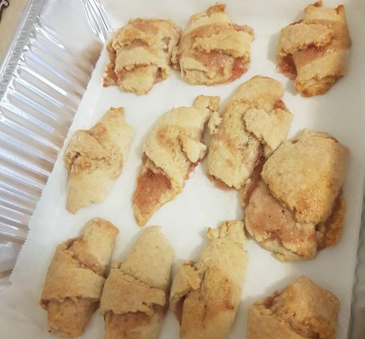 עוגיות ריבה מגולגלות - רוגלך פריך