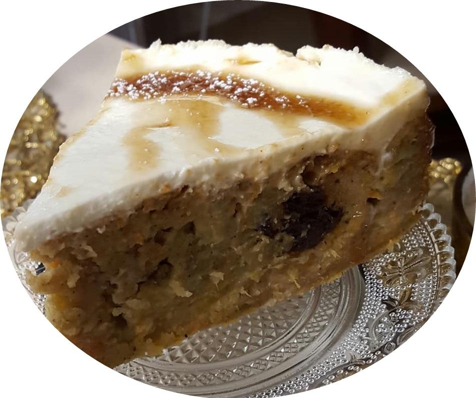עוגת גזר , בננות , תפוז ומייפל ללא סוכר בציפוי שמנת חמוצה. ..עוגה בערבוב אחד