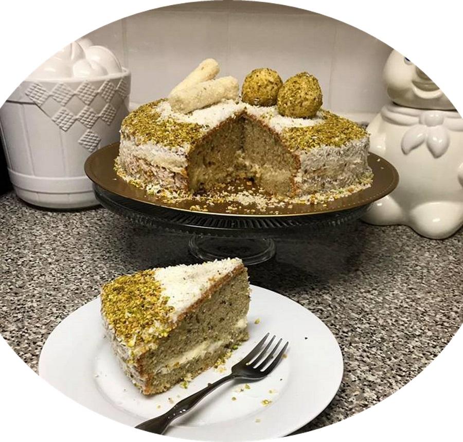 עוגת טורט פיסטוקים ציפוי קוקוס קרם מסקרפונה שמנת מתוקה