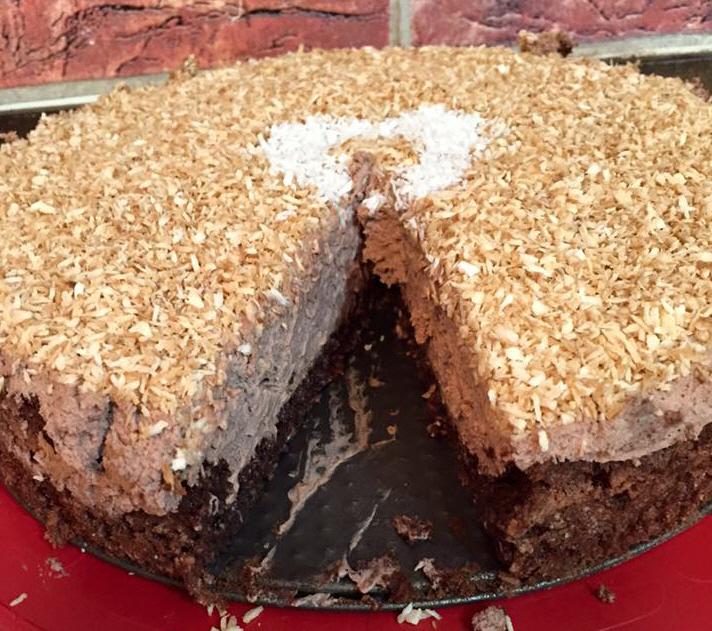 עוגת קוקוס ופודינג שוקולד