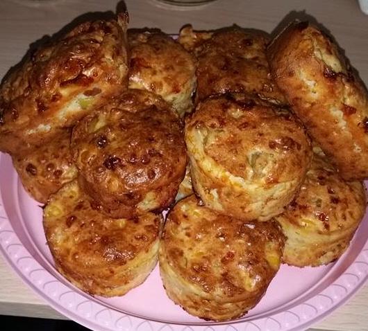 גביניות אפויות עם תירס זיתים וגבינות טעים