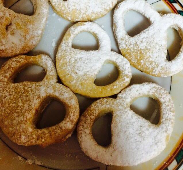 עוגיות שונות מבצק פריך